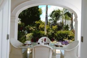 Sch114 dining terrace