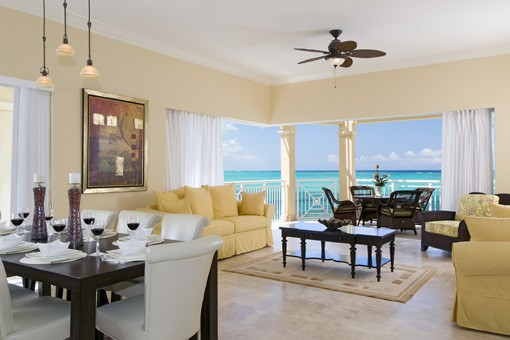 Windsong Resort – 2 Bed Penthouse Oceanfront Suite